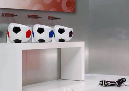 http://1.bp.blogspot.com/_-_DfA6iMs2w/TK9MpB-DThI/AAAAAAAADZw/BIt52_kiAcc/s1600/a97209_g140_9-soccer.jpg
