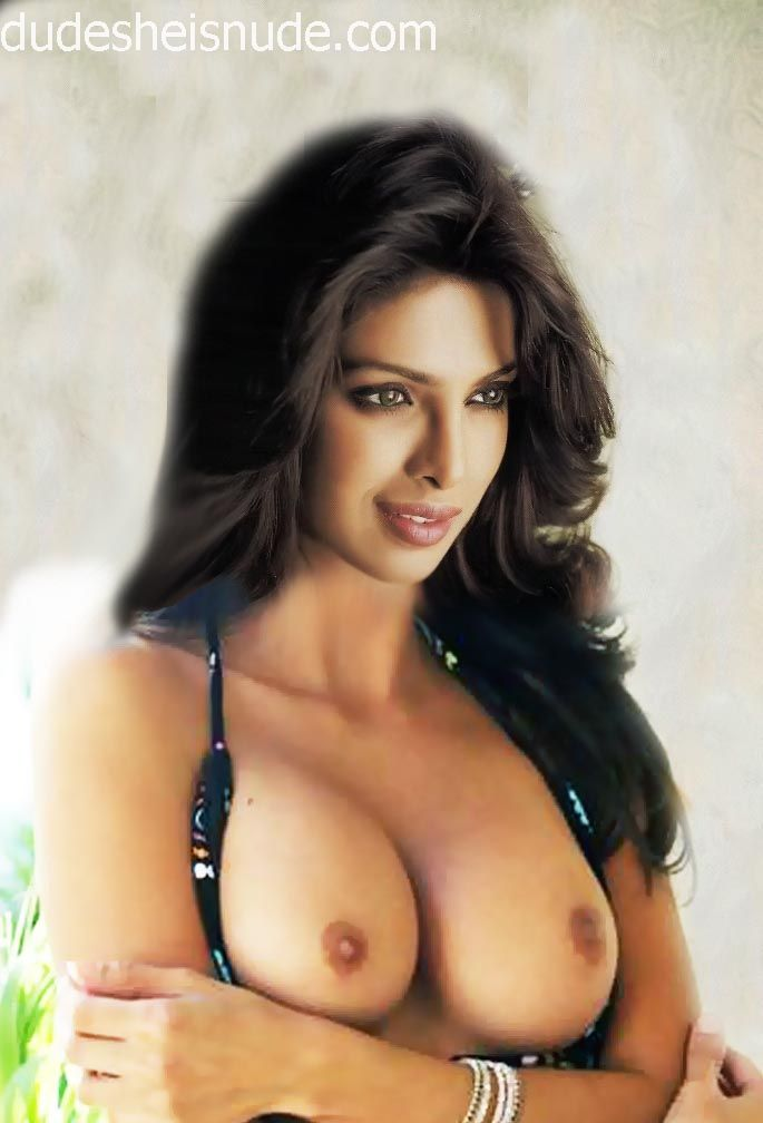 Priyanka Chopra's naked boobs fake | Dude She is Nude