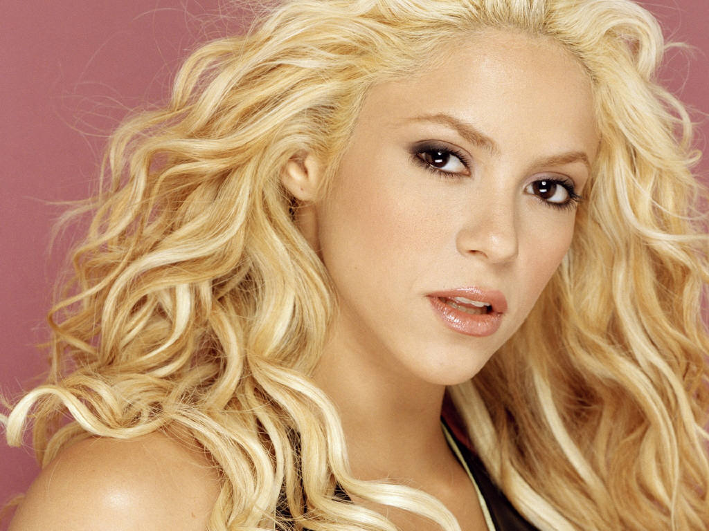 Celebrity Shakira nude photos 2019