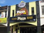 Pizza Islam dah ada...
