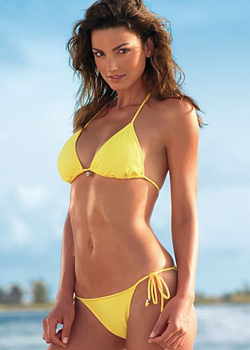 Hot Hollywood Actress in Yellow Bikini. Labels: Hot Hollywood Actress, ...