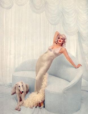 EL HILO DE LOS AMIGUETES IX - Página 34 Marilyn+as+Jean+Harlow+by+Richard+Avedon