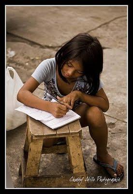 estudyante, scholarships para sa pilipino at UCCian, mag-aral, poor students
