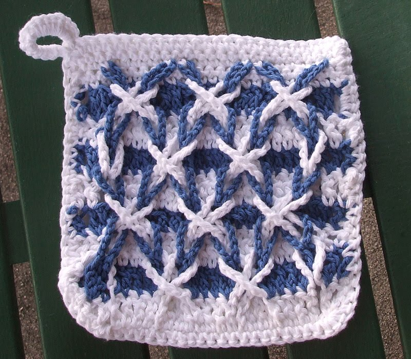 Free Crochet Pattern For Polish Star : Crocheting in Georgia: My first Polish Star motif pot holder