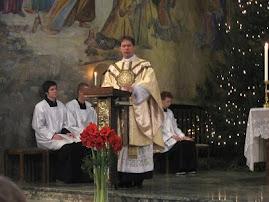 linda visión cuando nuestro párroco Padre Tobías