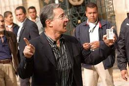 el presidente colombiano sin dar nombres criticó las nacionalizaciones