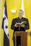 el cardenal de Honduras le ha pedido a Chávez parar,