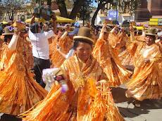 la fiesta católica de Urkupiña ha concentrado varios cientos de miles