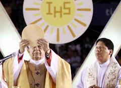 mientras el Cardenal de Bolivia ha pedido no permitir los asesinatos (linchamientos)