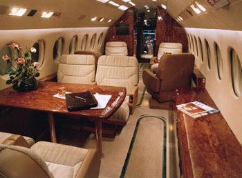 el interior del Falcon (FAB.001) comprado en 40 millones de dólares