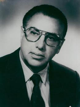 Hugo Bilbao La Vieja que honra al Foro Nacional en su condición de abogado,