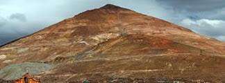 vean la punta cónica del Cerro Rico que podría desfigurarse si no se la apuntala