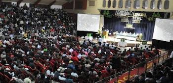 socios de la más grande cooperativa de producción de Bolivia en asamblea anual