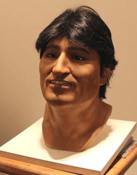 la cabeza terminada en silicon por el escultor argentino Licenblat