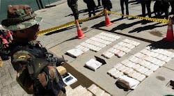 si ayer descubrieron cocaína en alfajores, ahora la encontraron en los aros de un jeep