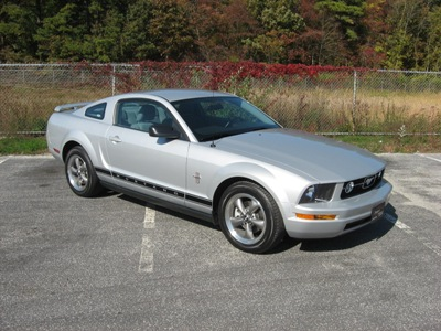 ford mustang 2006 pony package