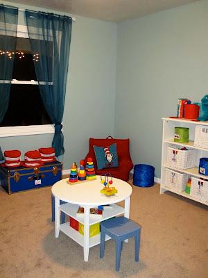 Dr.Seuss playroom
