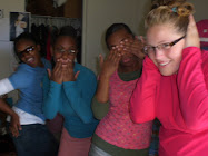 Me~Hear No Evil, LUISA~See No Evil, Aseri~Speak No Evil, Becca~ DO NO EVIL!!!!