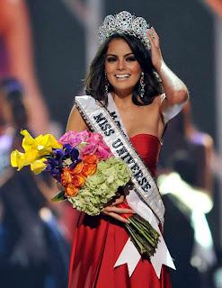 Miss Universo Jimena Navarrete