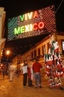 Festejos del Bicentenario y los Estados Unidos Mexicanos