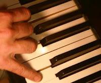 piano_fingers.jpg