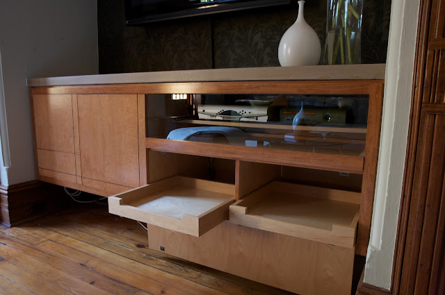 Wet Bar/Media unit. Design by Ishka Designs. 2008