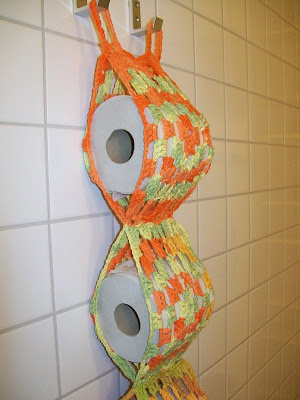 Free Crochet Patterns For Toilet Tissue Holders : Information and Links for girlshopes.com