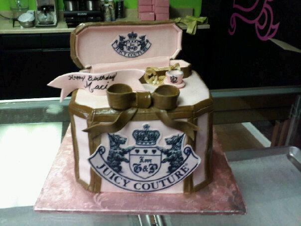 Bear Heart Baking Company: Juicy Couture Jewelry Box Cake ...