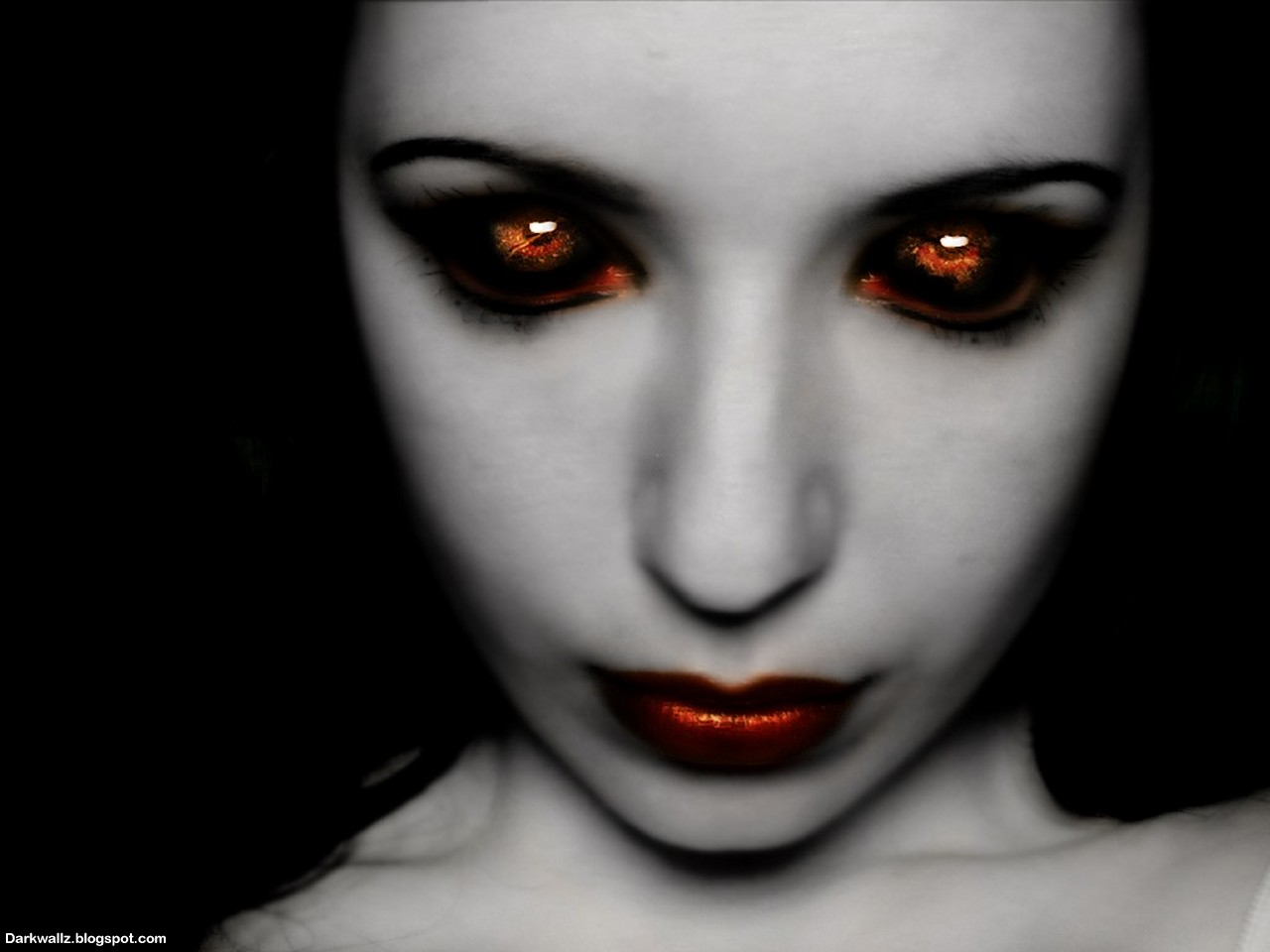 scary eyes Scary_Eyes_Wallpapers_... pic source