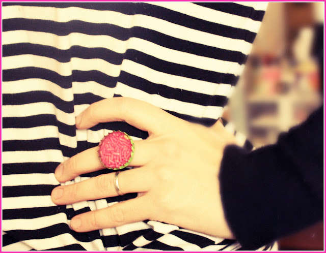 candy+ring+ Candy filled rings