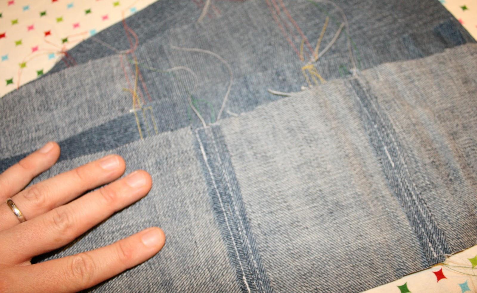 Подушка из старых джинс своими руками