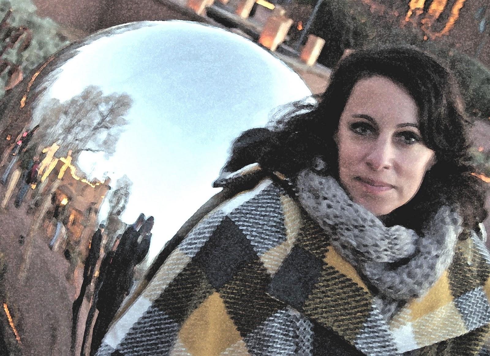 http://1.bp.blogspot.com/_-kfYxr_kW6o/TR_M5nAQ3KI/AAAAAAAACF8/38y_j_RKfQg/s1600/Caitlin+Styilized.jpg
