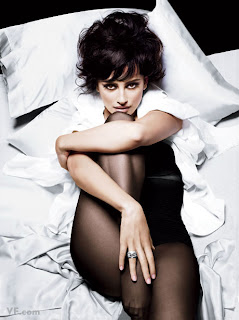 Penelope Cruz Hot in Vanity Fair