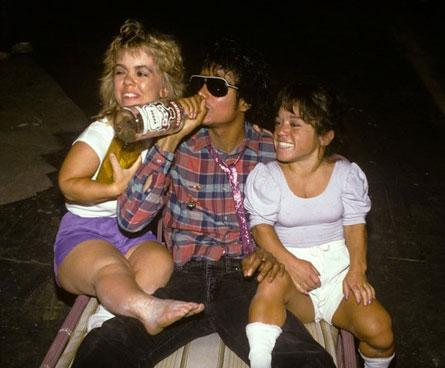 michael jackson, due nane e una bottiglia di vodka
