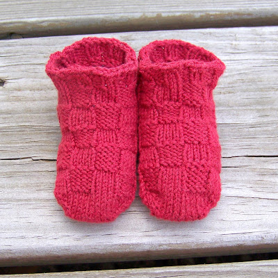 Chair Socks Knitting Pattern : BOOTIES CHAIR CROCHET PATTERN Crochet Patterns Only