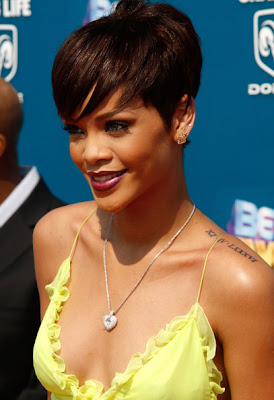 Rihanna Hairstyles Image Gallery, Long Hairstyle 2011, Hairstyle 2011, New Long Hairstyle 2011, Celebrity Long Hairstyles 2057