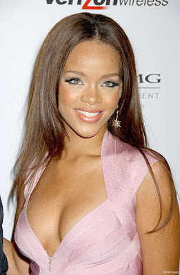Rihanna Hairstyles Image Gallery, Long Hairstyle 2011, Hairstyle 2011, New Long Hairstyle 2011, Celebrity Long Hairstyles 2072