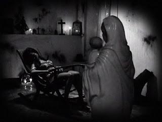 Khavn-de-la-Cruz-Vampire-Quezon-City
