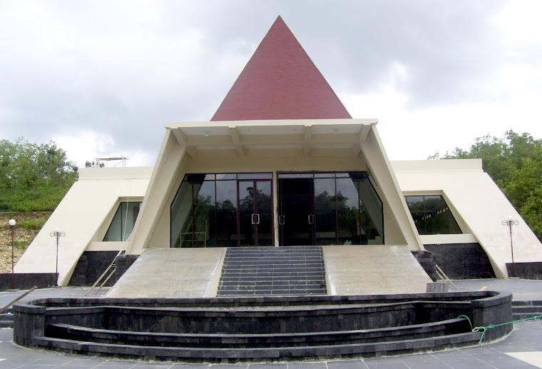 MUSEUM KARST  PRACIMANTORO