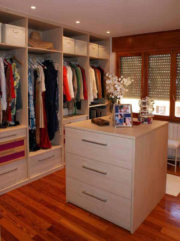 Formas y colores mucho m s que melamina closets en melamina for Armado de closet de melamina