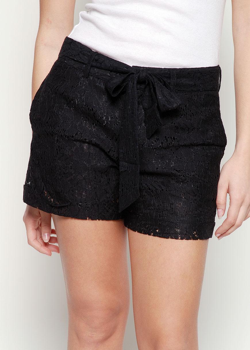 Wearable Trends Vila Fabi Lace Shorts Black