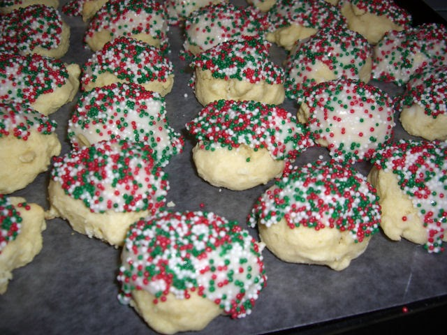 My Cookie Swap Italian Anise Cookies With Icing And Sprinkles