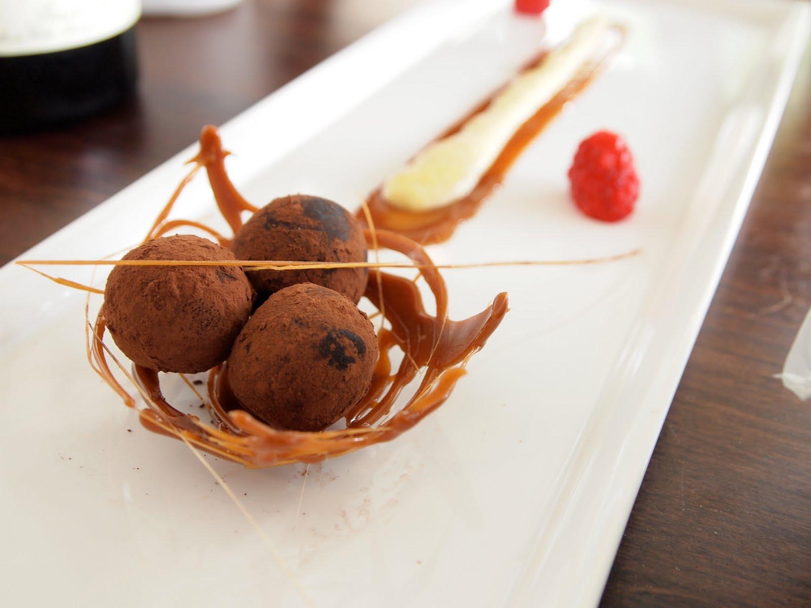 Bumble's Bodacious Buffet: Chocolate Truffle Truffles