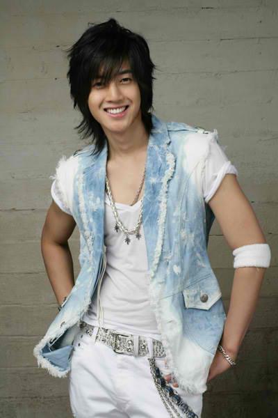 http://1.bp.blogspot.com/_-x7gqq9QJuA/TDW5PPDd-3I/AAAAAAAALkA/Y5YAqf1kfkk/s1600/khjun.jpg