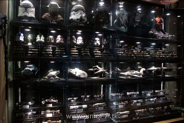 http://1.bp.blogspot.com/_-x7gqq9QJuA/TIBdixJLI-I/AAAAAAAAReY/oof82Te46Dg/s1600/incredible_star_wars_collection_03.jpg