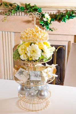 wedding+metal+cake+stand.jpg