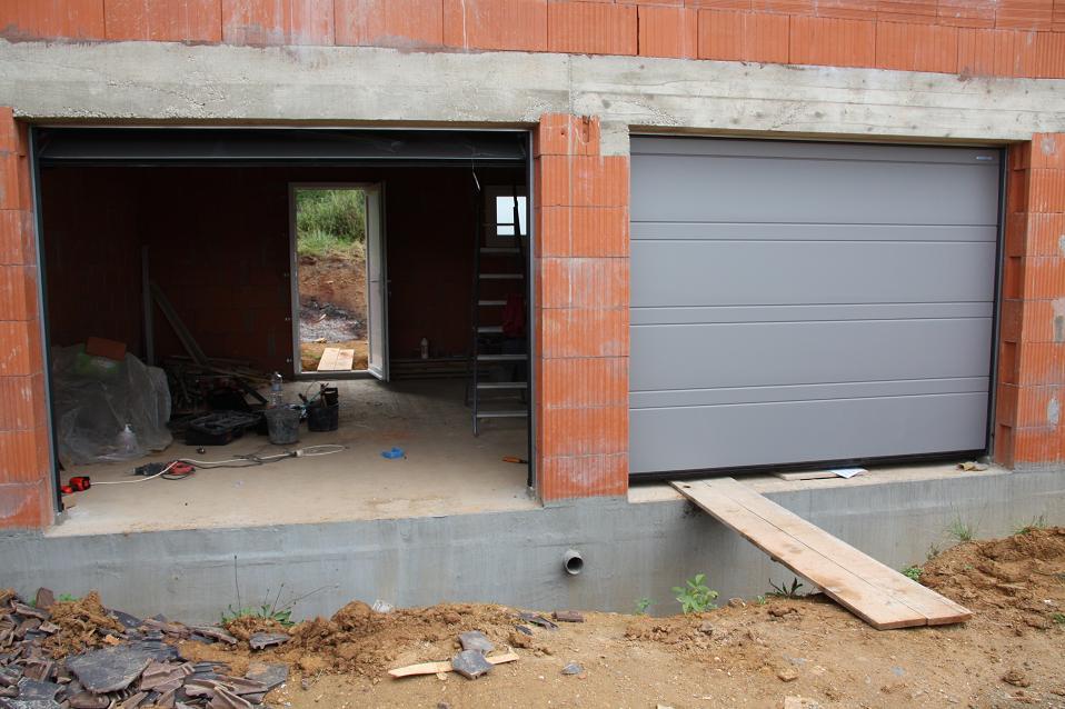 Autoconstruction de notre maison portes de garage - Enduit hydrofuge vide sanitaire ...