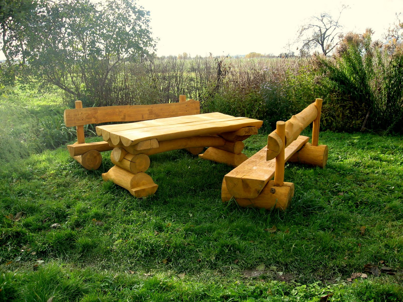 Log type furniture