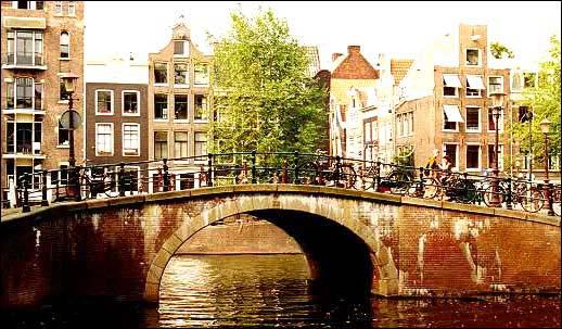 Viaggi in altalena amsterdam ponte 1 nov da 385 ref 32 09 for Amsterdam offerte viaggi