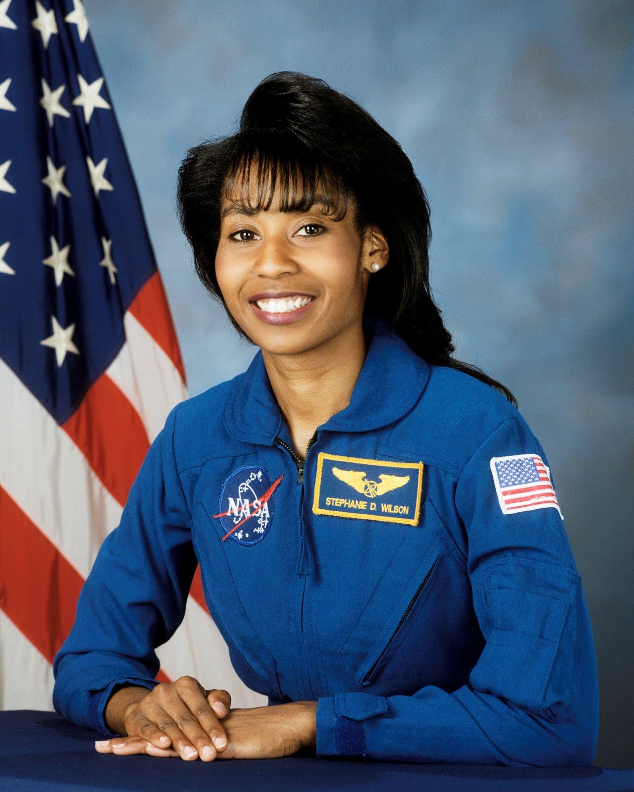 stephanie wilson astronaut - photo #1